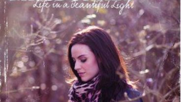 Amy MacDonald – Life In A Beautiful Light