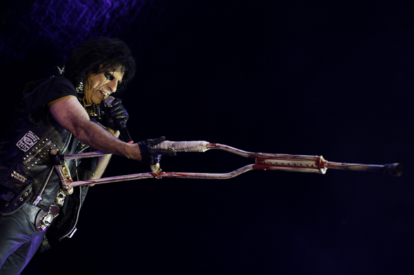 Alice Cooper kündigt weltweites Signing bei earMUSIC an