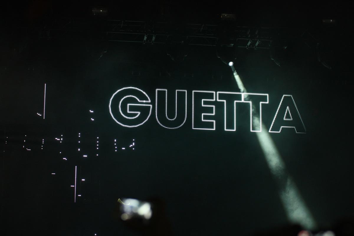 Fotos von David Guetta – Nothing But The Beat 2.0 – 15.12.2012 / ISS Dome Düsseldorf
