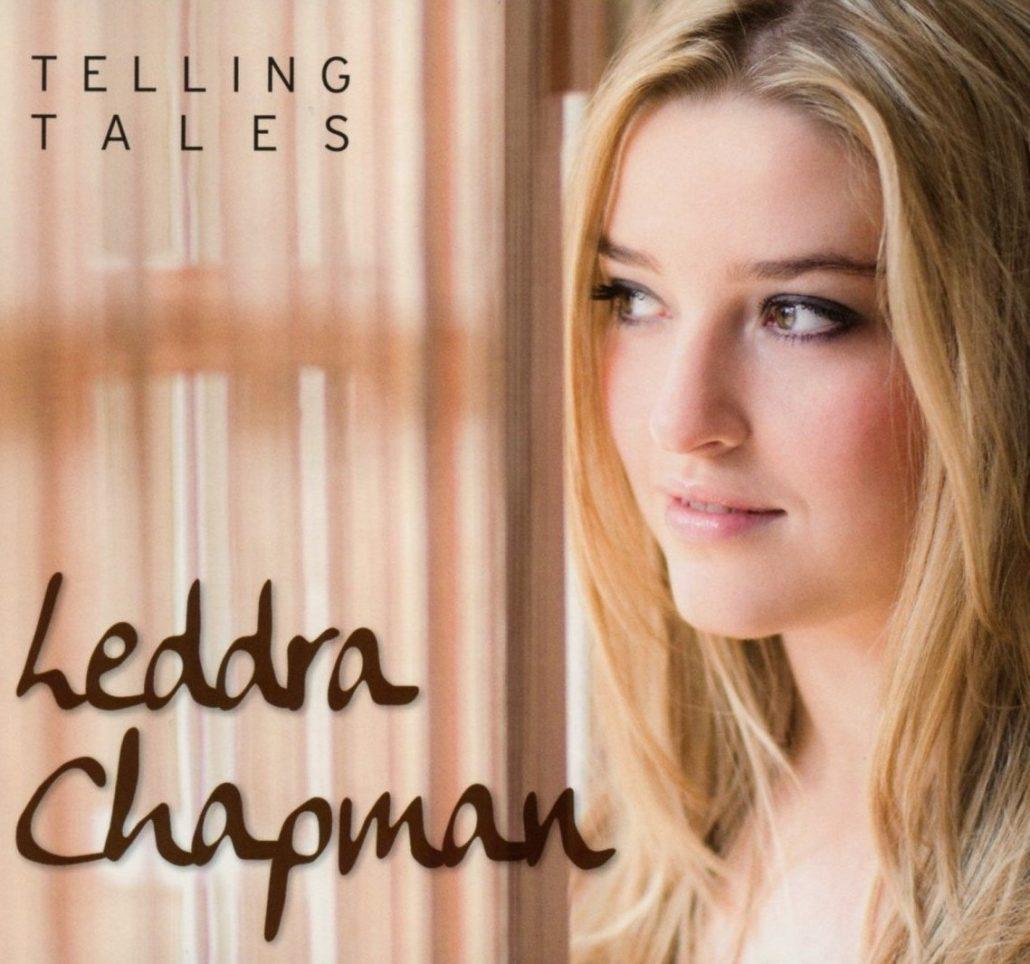 """Die britische Songwriterin Leddra Chapmann will mit ihrem Debüt """"Telling Tales"""" jetzt im deutschsprachigen Raum durchstarten"""