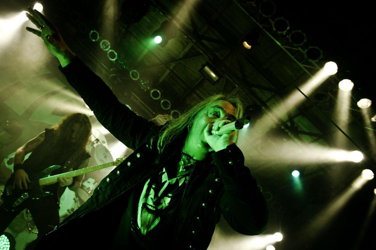 Bilder von Helloween und Support Gamma Ray in der Garage Saarbrücken am 09.04.2013