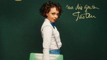 """Liebe Minou lässt """"Nur die guten Tasten"""" auf ihr zweites Album"""