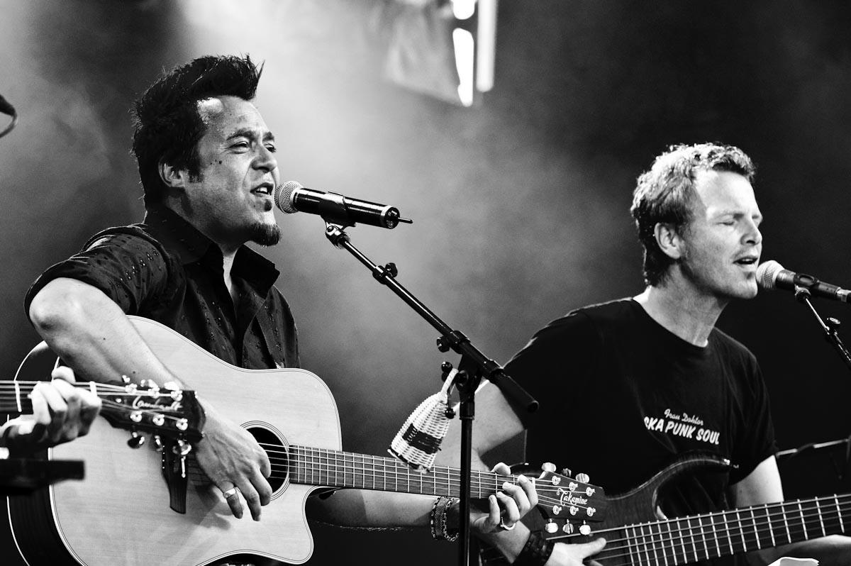 """Fotos von Laith Al Deen – """"Live Acoustic Tour 2013"""" am 05.07.2013 auf der Sommerbühne im Exhaus Trier"""