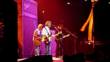 Neil Young & Crazy Horse – 12.07.2013 – Lanxess Arena, Köln – Support: Okta Logue