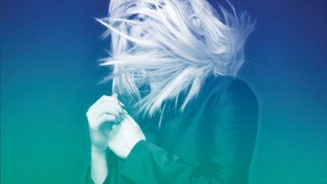 """Ellie Gouldings Album """"Halcyon"""" erscheint neu in einer deutlich aufgemotzten Version als """"Halcyon Days"""""""