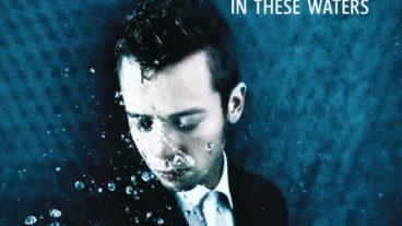 Mads Langer – In These Waters: Der dänische Songwriter erweitert sein musikalisches Terrain