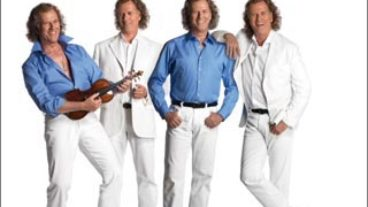 """André Rieu im Doppelpack mit """"Celebrates ABBA"""" und """"Music of the Night"""""""