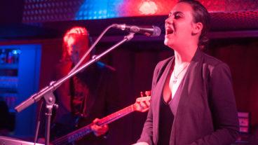 Fotos von Nadine Shah live im Studio 672 in Köln