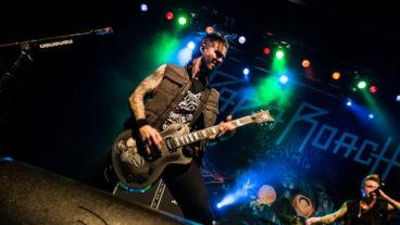 """""""Dieser Mensch ist auf jeden Fall nicht richtig im Kopf!"""" – Papa Roach-Gitarrist Jerry Horton im Interview"""