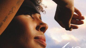 "Ayo – ""Ticket To The World"": Musik mit Seele und Tiefgang"