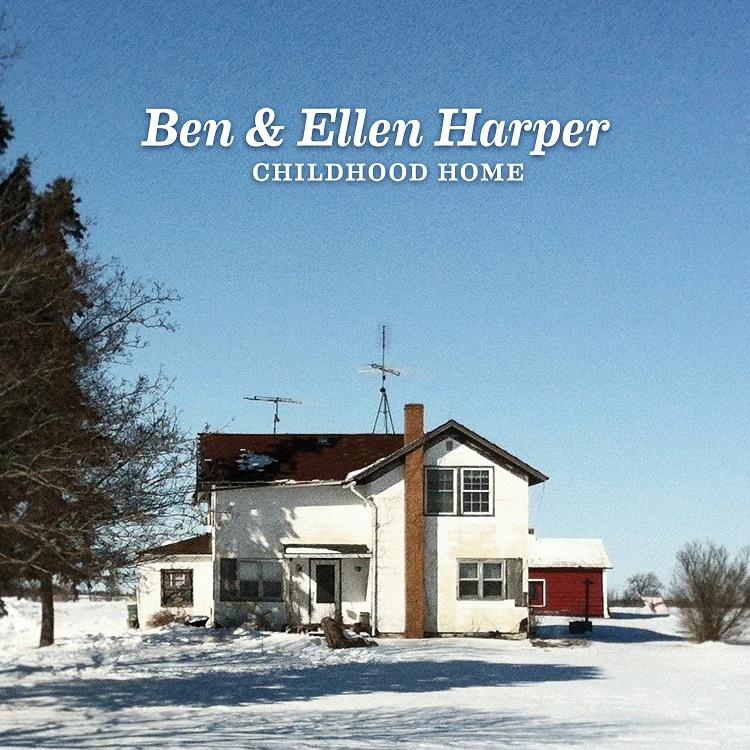 """Ben Harper und seine Mutter Ellen auf leisen Sohlen im """"Childhood Home"""""""