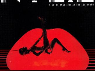 Kylie Minogue_Kiss me once live_Albumcover
