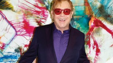 "Elton John lädt zum Tanz: ""Wonderful Crazy Night"""