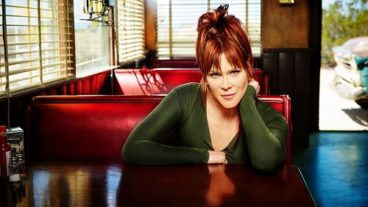 "Beth Hart – Video Premiere ""Love Is A Lie"""