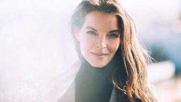"""Yvonne Catterfeld: stimmungsvolle Akustikversion von """"Irgendwas"""""""