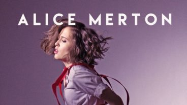 "Alice Merton – Video zu ""Hit The Ground Running"""