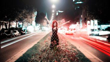"Ramona Rotstich – neue Single / Video ""Regenbogenmaschine"""