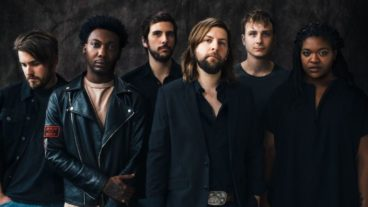 "Welshly Arms: das neue Album ""No Place Is Home"""