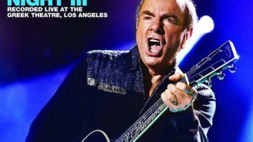 """Neil Diamond: """"Hot August Night III"""" – das spektakuläre Jubiläumskonzert"""