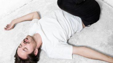 """Schwarz mit """"Beneath The Skin"""" Video und Debütalbum """"White Room"""""""