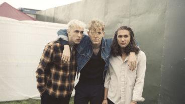 """Alternative-Pop Trio COIN veröffentlicht drittes Album """"Dreamland"""""""