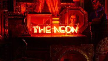 """Erasure: """"The Neon"""" – da gibt's immer noch Synthie Pop vom Feinsten"""
