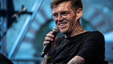 Nicholas Müller im Brunnenhof Trier – Konzertfotos vom 22.8.2020