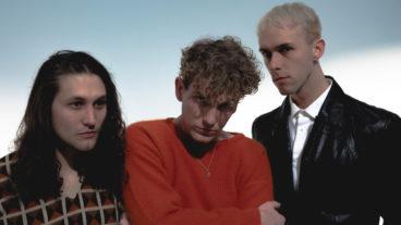 """Coin: das Alt-Pop Trio präsentiert die neue EP """"Indigo-Violet"""""""