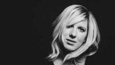 """Claudia Koreck veröffentlicht heute die Single """"Ein Kompliment"""""""