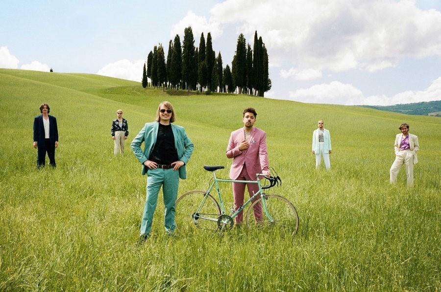 Roy Bianco & Die Abbrunzati Boys verbinden Indie-Pop mit Italo-Disco
