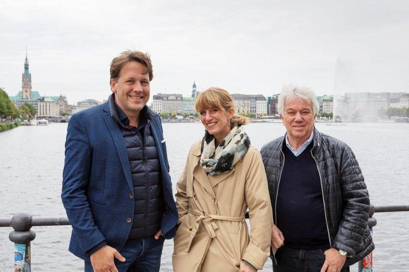 Rolf Zuckowski fördert mit Stiftung den Singbus der Deutschen Chorjugend